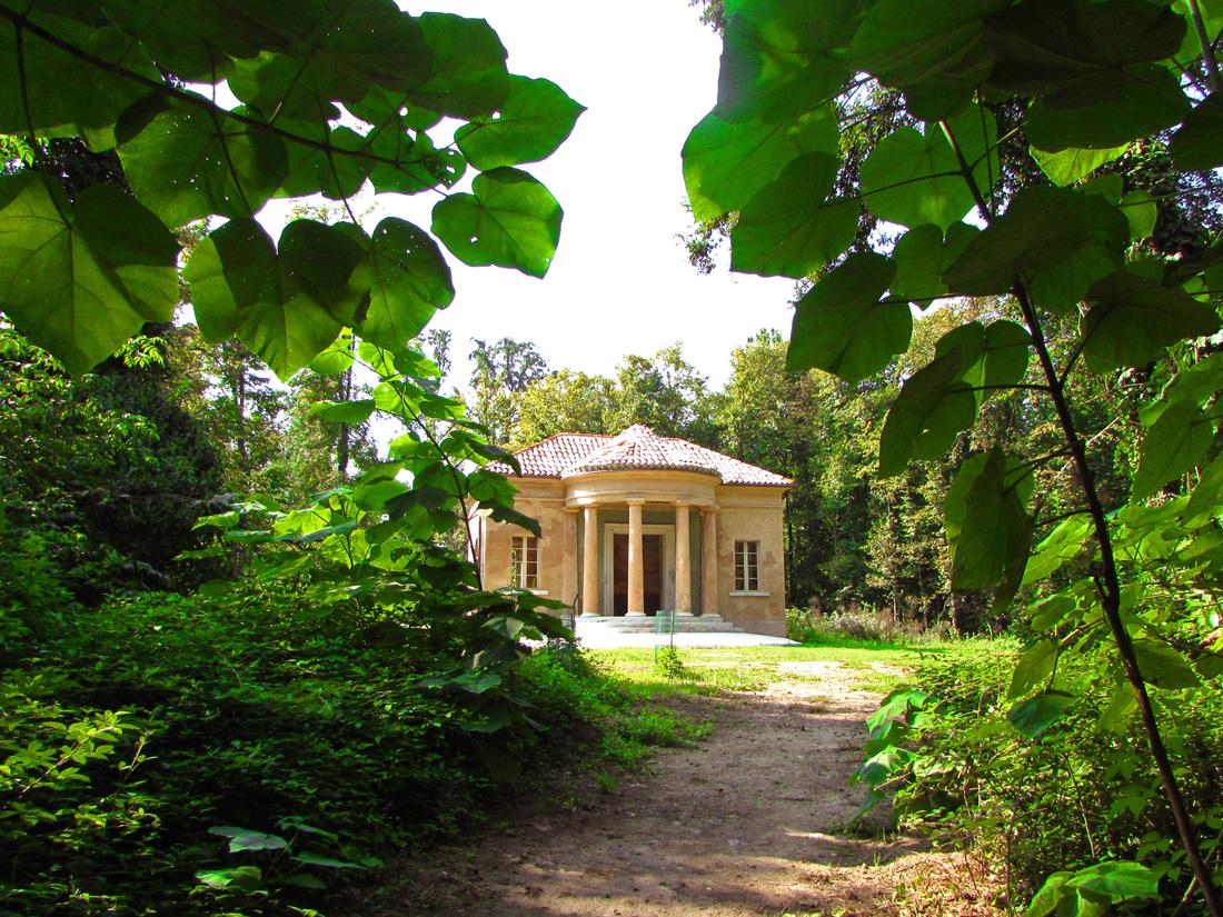 Villa Medici del Vascello - Tempio di Flora